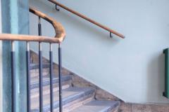 Interior-Stair-Railing-650018933-577ecb443df78c1e1ffcc0bf-1