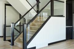 modern-dadoed-glass-railing-1